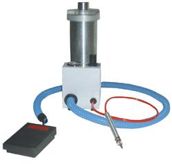 Strahltank einzeln mit Pedal zum Erweitern jeder Strahlkabine | günstig bestellen bei WEBER DENTAL STUTTGART